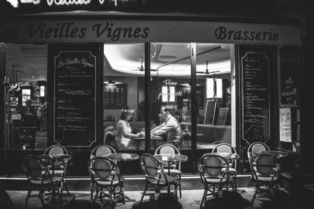 Fotógrafo boda valencia NOVIOS BRASSERIE CAFE PARIS
